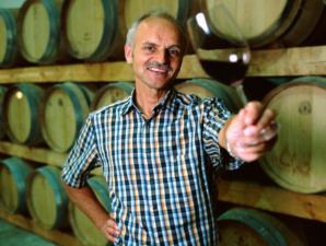 Der Vina Capricho reift im Holzfaß